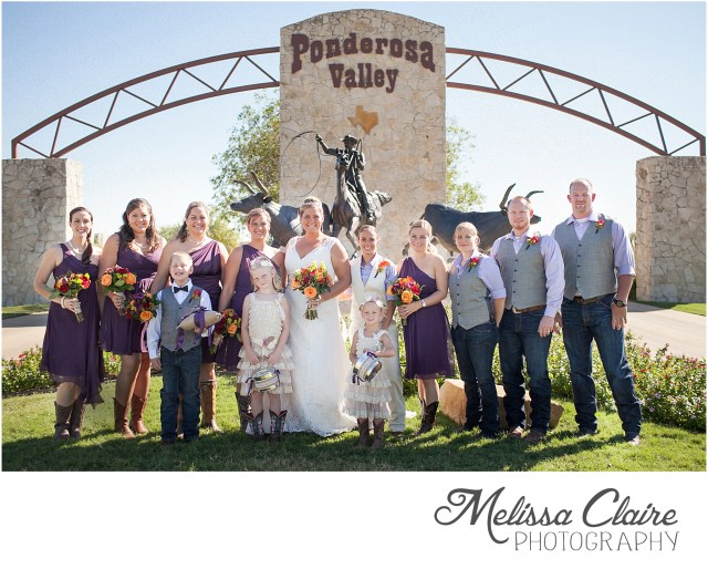 sara-melanie-backyard-fall-wedding_0023