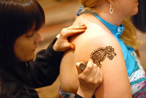 henna tattoo artist & ciaran