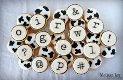 click-clack-moo-themed-cookies
