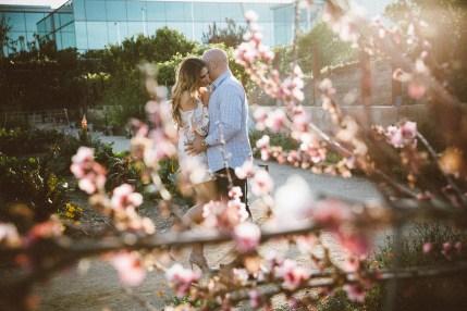 MelissaMontoyaPhotography_EngagementPhotos_GreenAcre_ScrippsBeach_Luis+Bella_5808_WEB