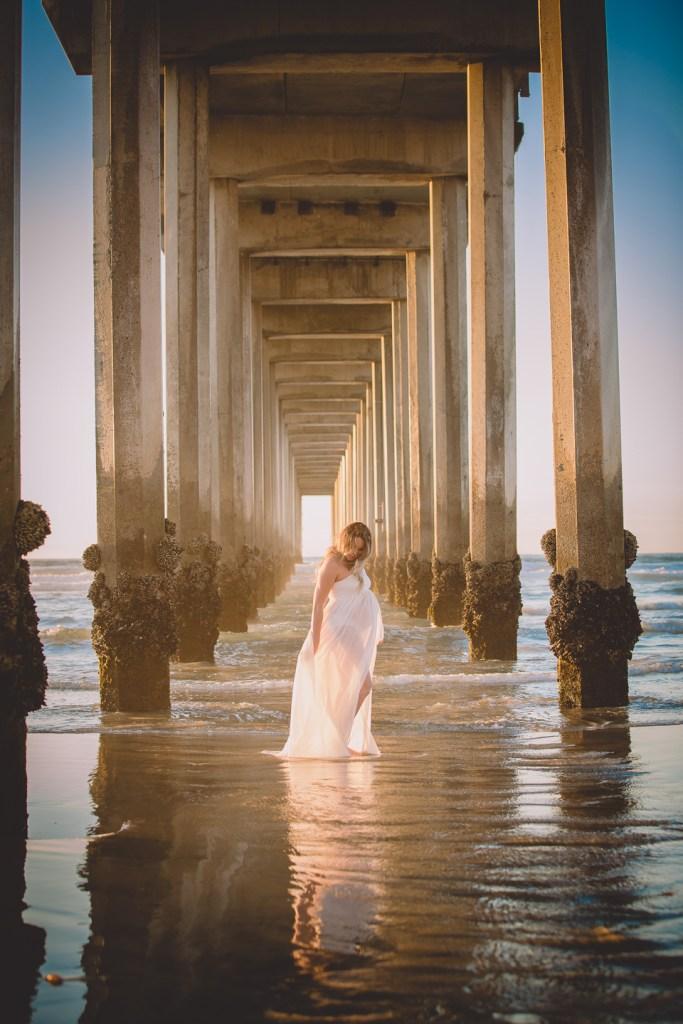 MATERNITY photos: Scripps Beach