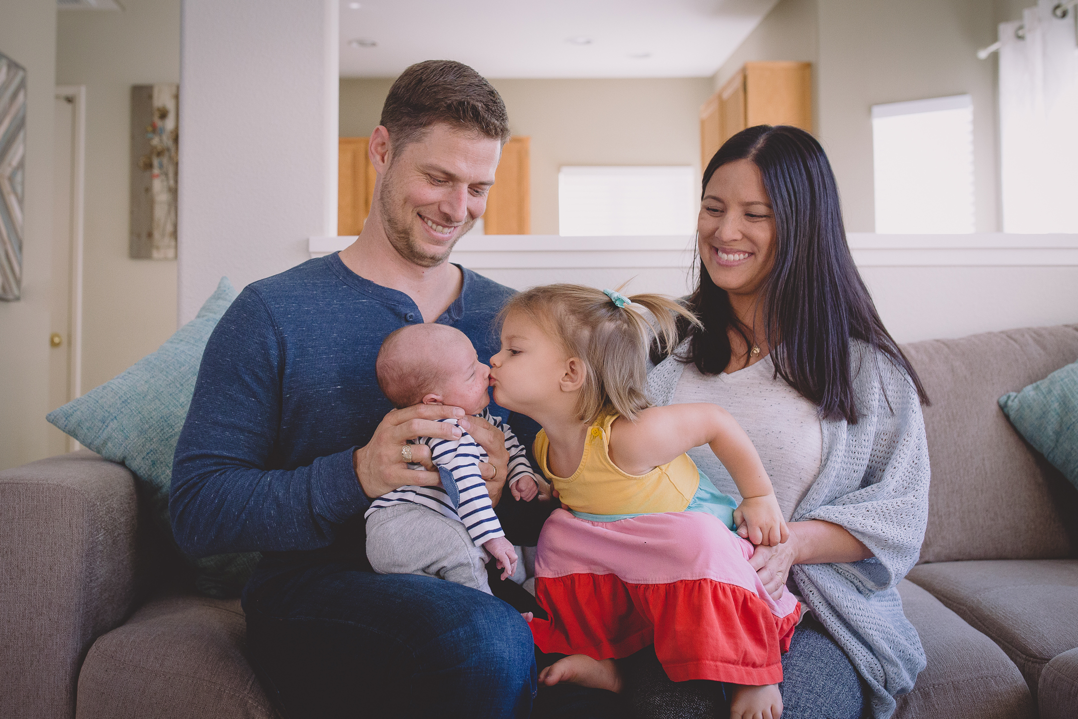 NEWBORN + FAMILY photos: San Diego Home