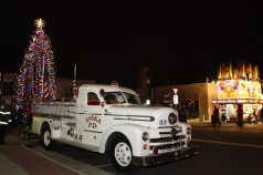 anoka-tree-lighting-blog-3-2