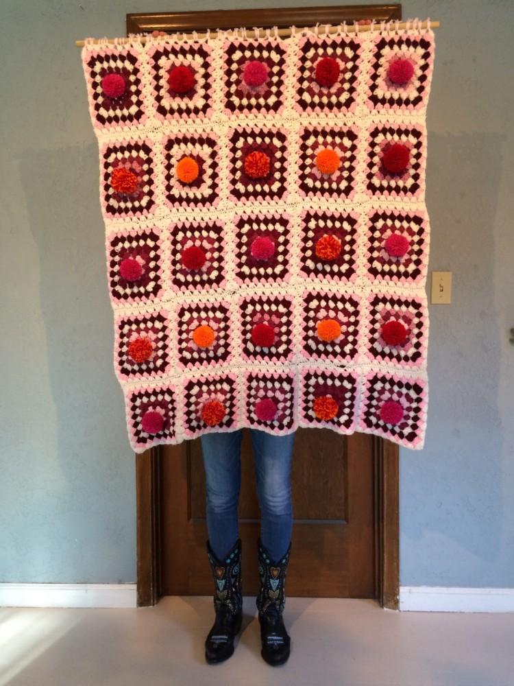 ©2014 Melissa 'Sasi' Chambers - Pom Pow blanket
