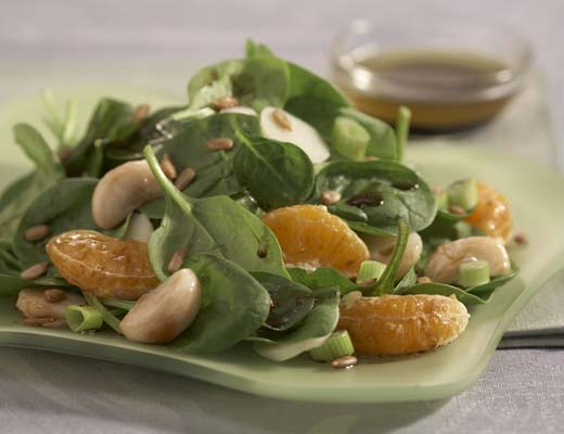 BlogPost_WhattoMakeThisWeek_Fall_3_Tangerine_Mangosteen_Baby_Spinach_Salad