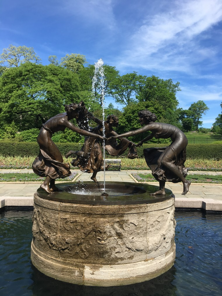 Central Park Garden Sculpture May 2018