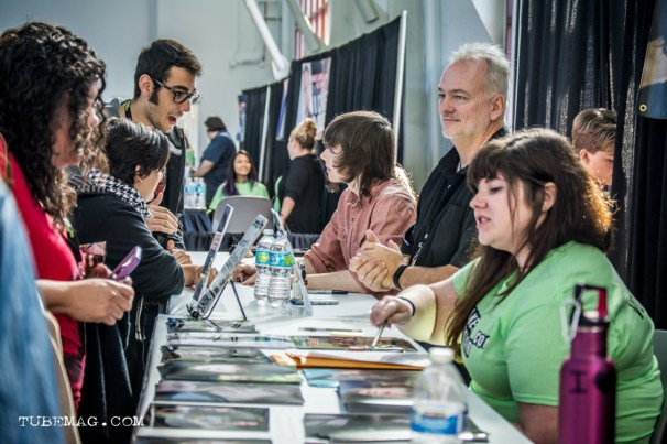 Chandler Riggs aka Carl from The Walking Dead signing autographs for fans