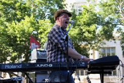 Mikey LP keyboardist of The Ghost Town Rebellion, Concerts in the Park, Cesar Chavez Park, Sacramento, CA. May 27, 2016, Photo Anouk Nexus