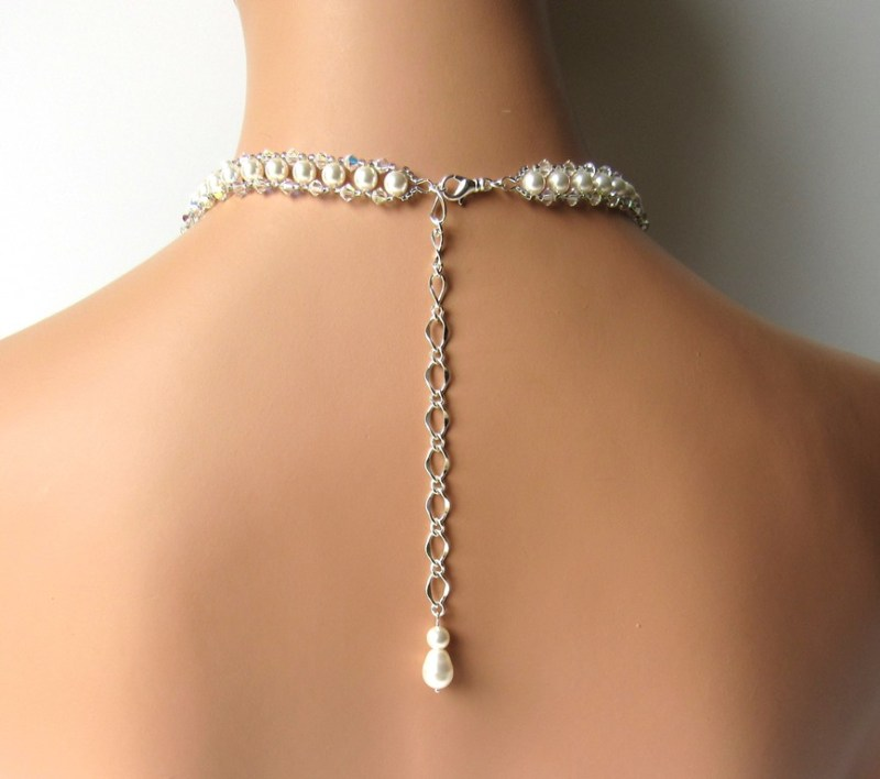 bridal-necklace-v-shape
