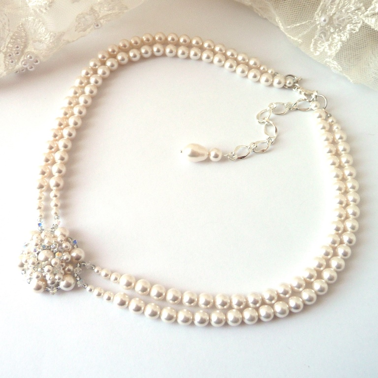 pearl-choker-necklace-fb-profile-pic
