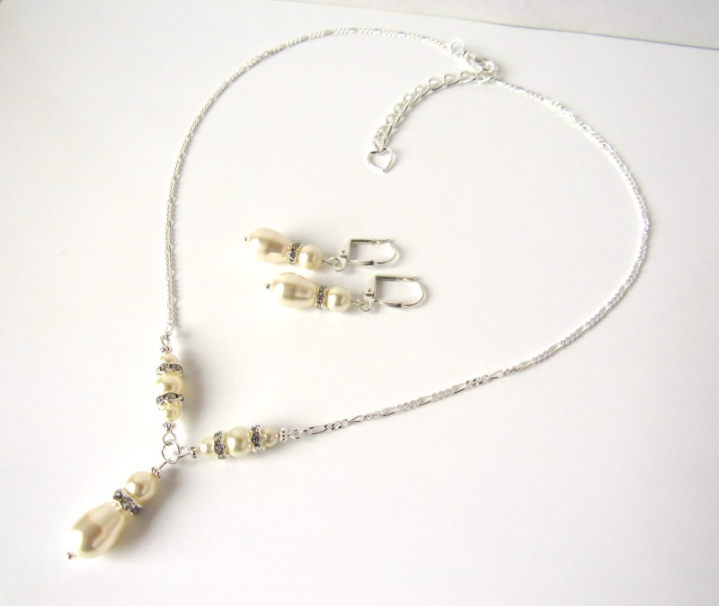 y shaped necklace set