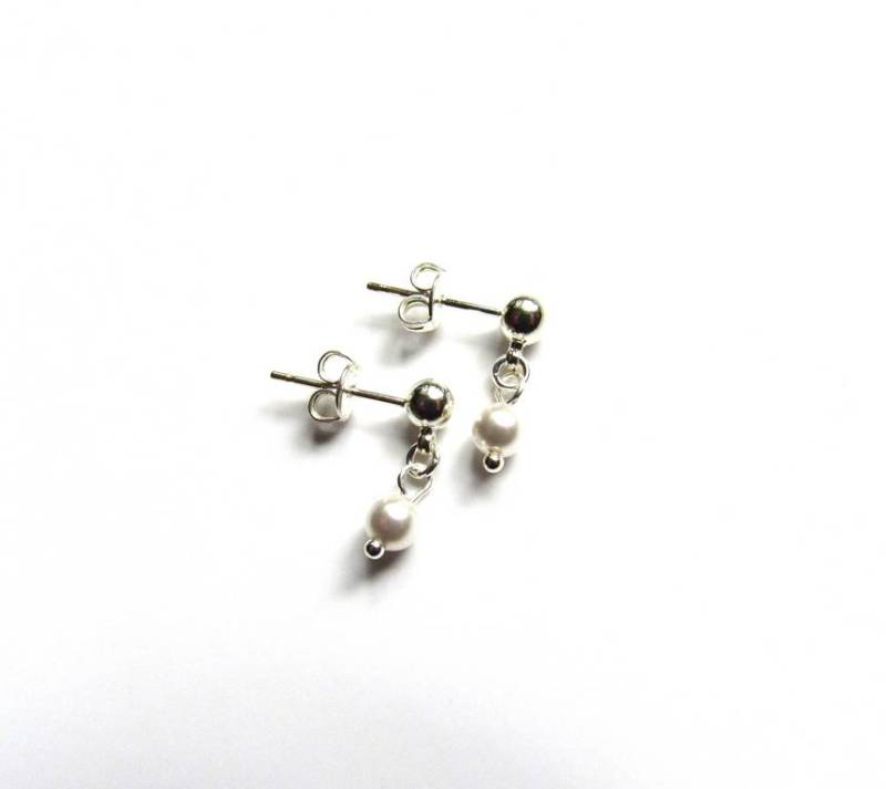 -GIRLS PEARL DROP EARRINGS DAINTY