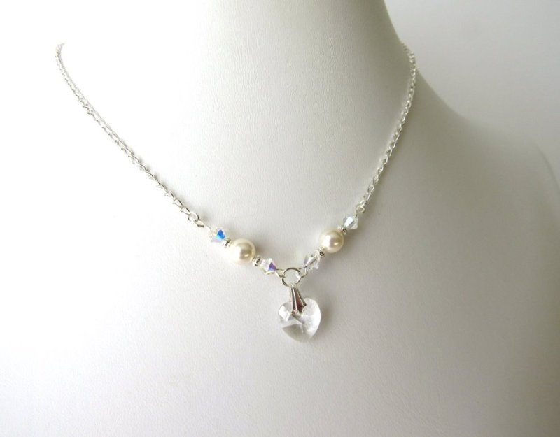 GN5-GIRLS-PEARL-AND-CLEAR-CRYSTAL-NECKLACE