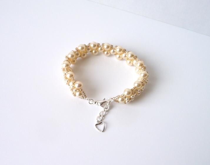 -champagne pearl bracelet