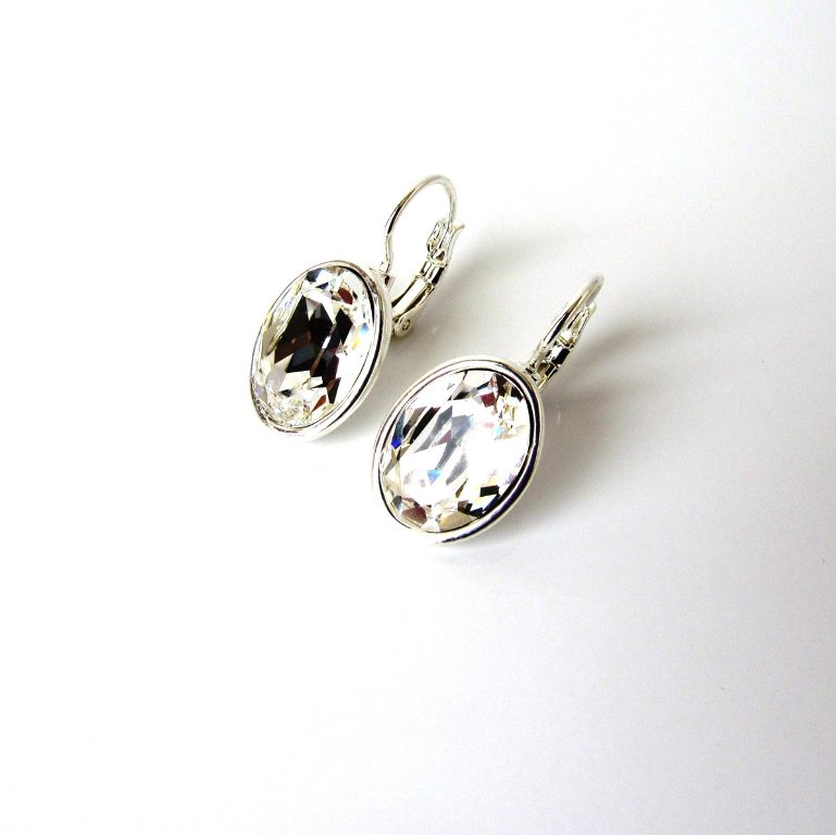 WE19-swarovski clear crystal earrings oval shape