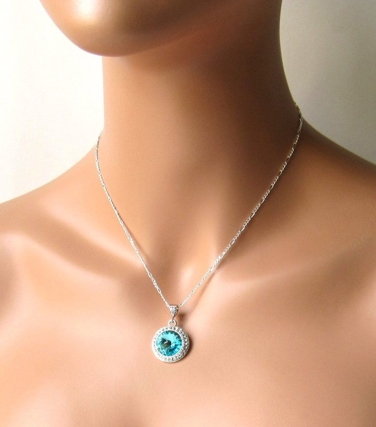 -Swarovski Turquoise Crystal Necklace & Earring Set Silver