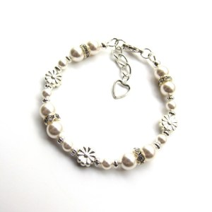 PB18-1-Pearl flower bracelet for girls