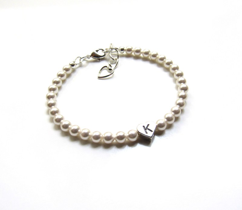 personalized baby bracelet with pearls