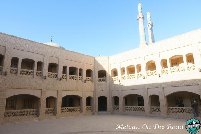 vaziri-museum-bizsiz yazd city guide