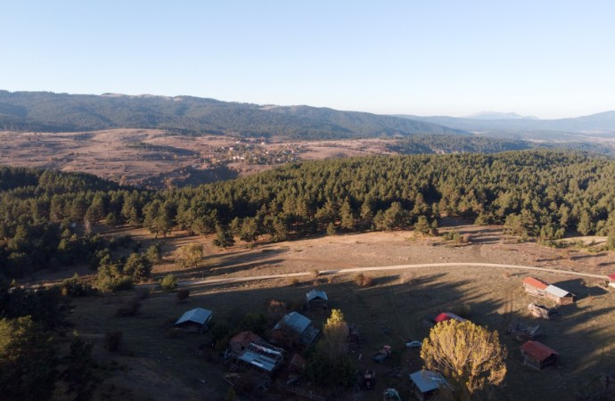 Alan Yaylası Kamp Alanı Kabaarmut Köyü   Karabük Kamp Yerleri