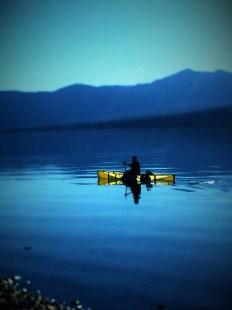 20160914_234036923_ios-kayak