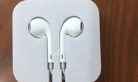 Authentic Apple  EarPods Original headphone earphones 3.5 mm Jack