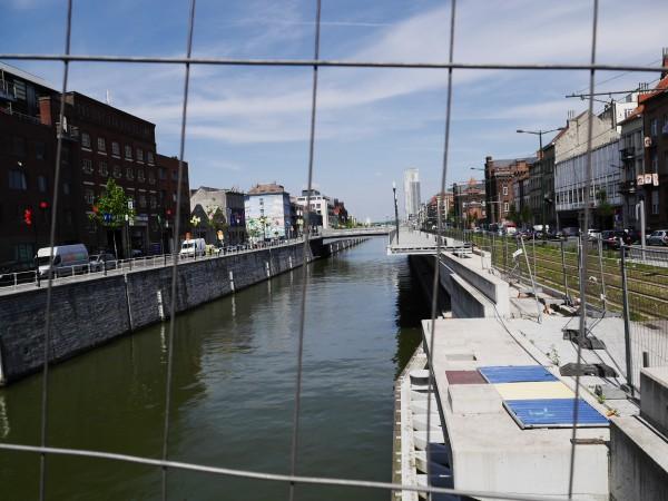 Promenade en onstruction près de la Porte de Flandre
