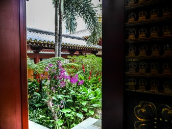 Buddha Tooth Relic Temple, Singapour