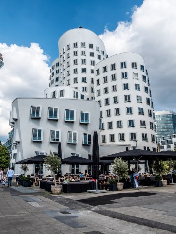 Neur Zollhof de Frank Gehry, Medienhaffen