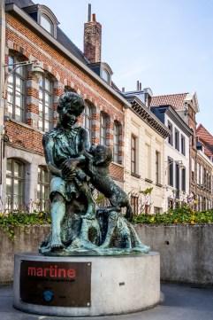 Statue de Martine et Patapouf à Tournai
