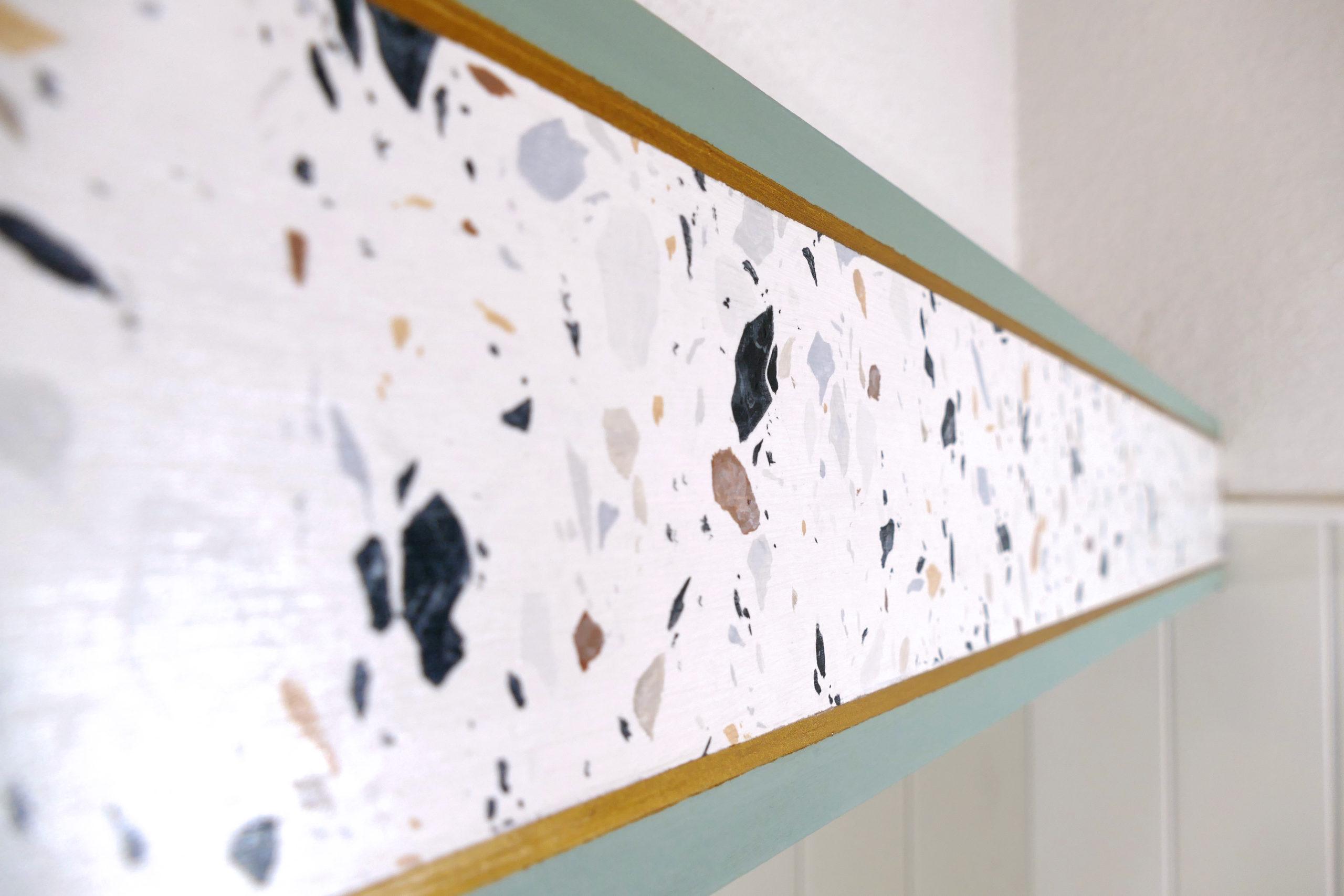 Décor imitation terrazzo, effet de matière meuble peint. Relooking meuble. Assilem décors, peintre décoratrice, peintre en décor à Bordeaux - Crédit photo Sylvie MARTIN
