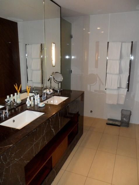 BATHROOM WITH PURE FIJI AMENITIES