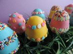 Easter egg cake pops 1