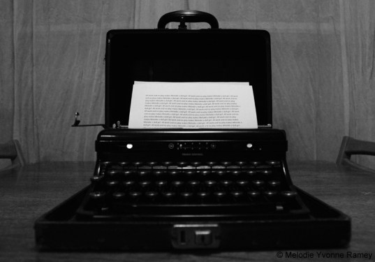 the-typewriter-shining