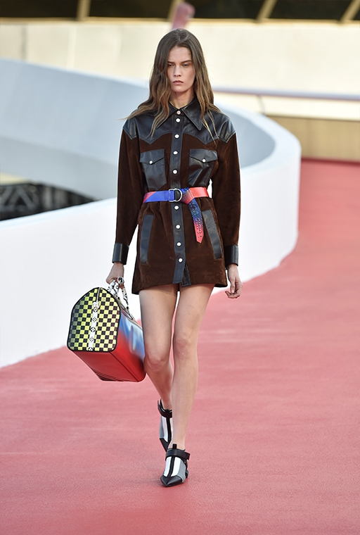 louis-vuitton-cruise-2017-14