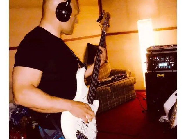 Looking forward to some upcoming studio sessions in the next few weeks.