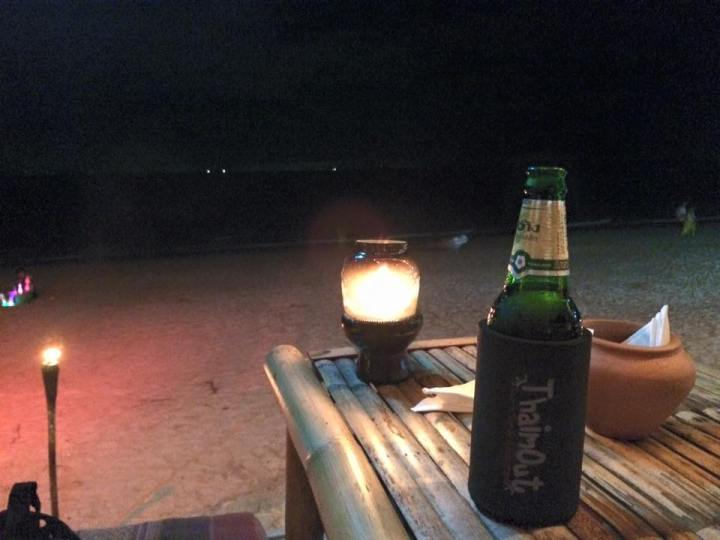 "Restaurante y chill out ""Thaim Out"" en Koh Lanta"