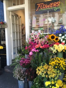 best coffee cities in the United States_San Francisco_flower shop