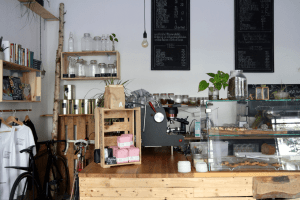 Your walking guide to specialty coffee in Berlin Kreuzberg_black sheep_counter menu