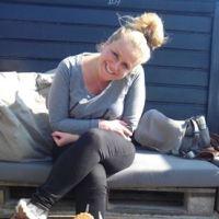 """Hier zit ik in de zon bij Zilt. leuke strandtent in IJmuiden. """""""""""
