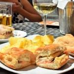 "Tapastour stop #1. Patio San Elroy voor de lekkerste broodjes van Sevilla - Meidenweekend Sevilla - Mels Feestje"""
