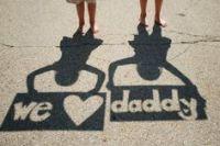 Foto voor vaderdag in zwart wit - ik houd van jou papa in schaduw - nog meer leuke vaderdag ideeeen - mels feestje en feestdagen