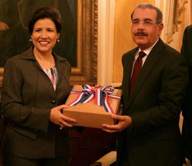 Margarita Cedeño y Danilo Medina
