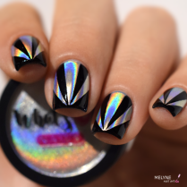 nail-art-triangles-holographic-powder-3