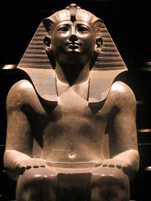 Seated statue of Thutmose/Thutmosis III