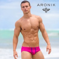 aronikmodels-22
