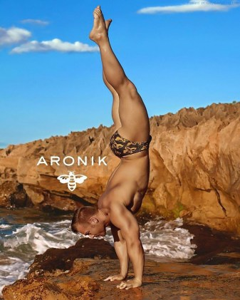 aronikmodels-4