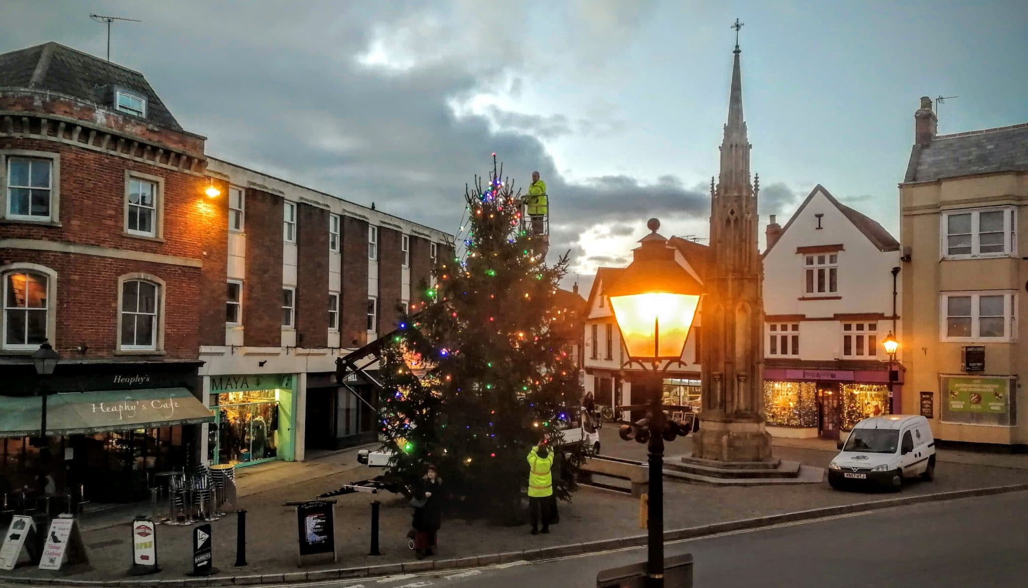 Glastonbury Town Christmas Tree 2019