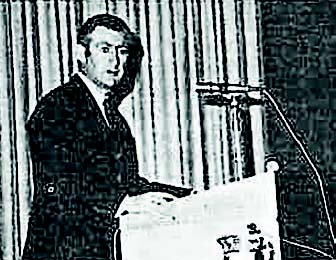 Figure 5. Dr E C Potter delivering the first P F Thompson Memorial Lecture in 1971 (Potter, 1972).