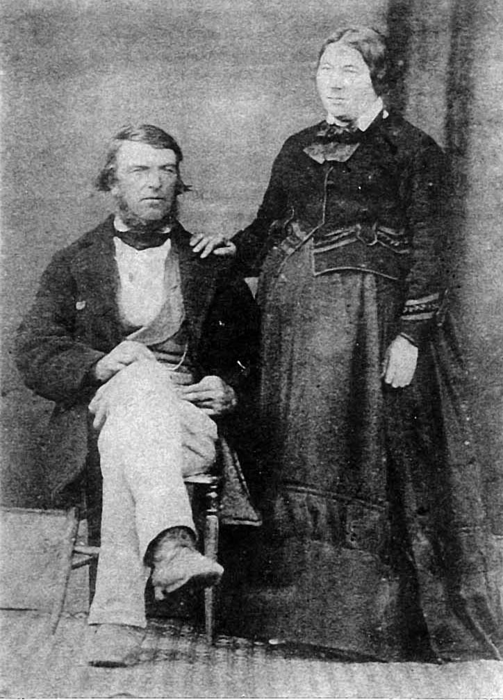 Photo of Julia Loftus with husband John Quinn, ca. 1870